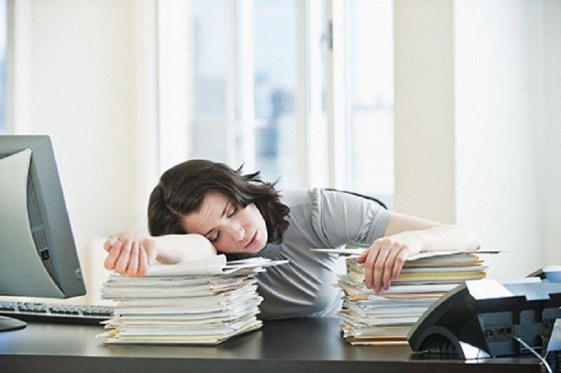 Buồn ngủ nhiều vào ban ngày cảnh báo bệnh gì? 1