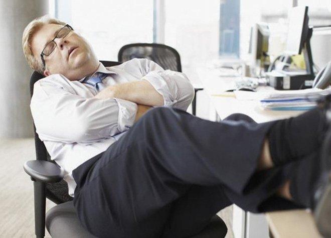 Tại sao 2h chiều là khoảng thời gian dễ buồn ngủ nhất? 1