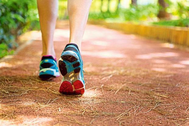 6. Đi dạo bộ - vận động nhẹ nhàng 1