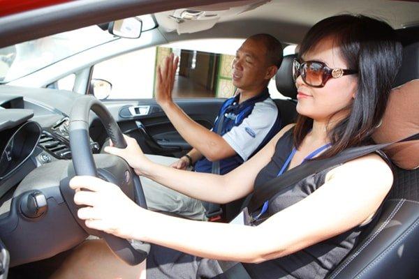 Cách giữ bình tĩnh khi thi lái xe Ô tô 1