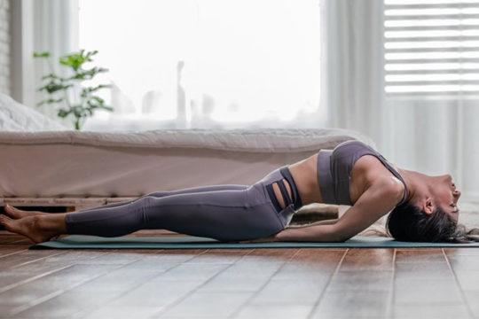 Hướng dẫn thực hành 8 tư thế yoga cho người thiếu máu não